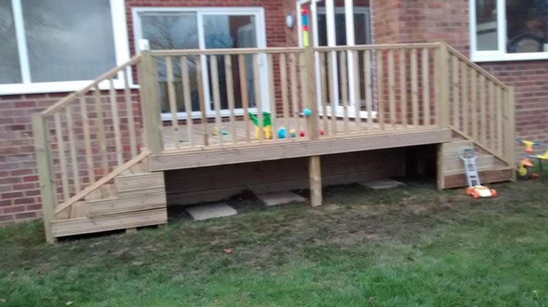 decking flight of steps in Haywards Heath